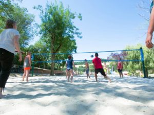 9_beach_volley_galleria_slide_village