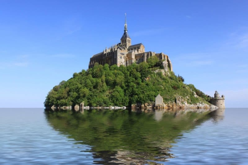 Le-Mont-Saint-Michel surounded by water