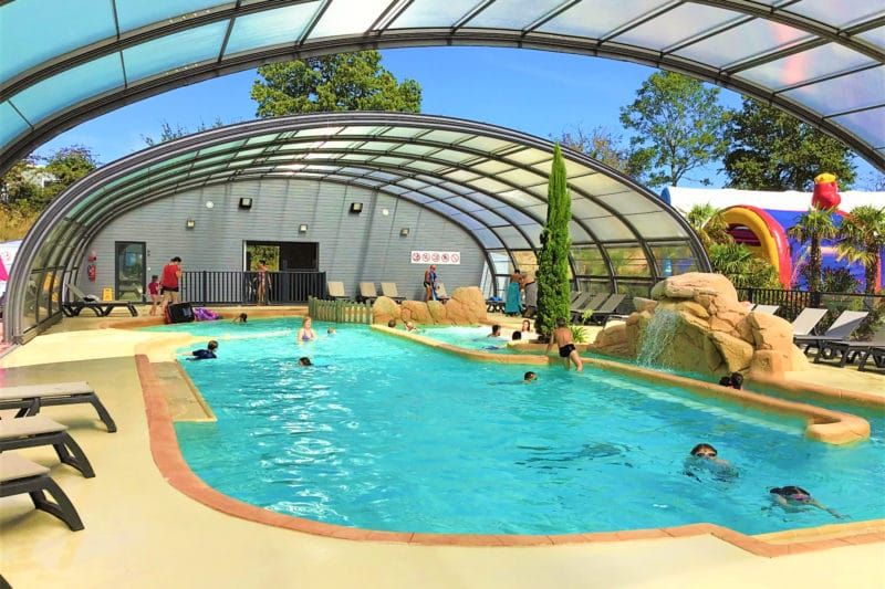 Indoor swimming pool camping les iles